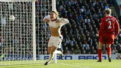 Diego Forlan Manchester United Liverpool