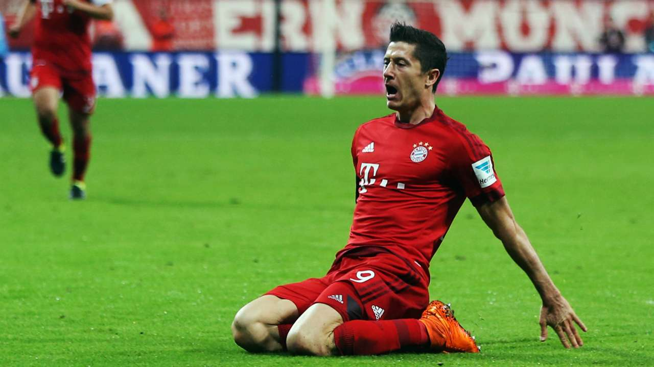 Robert Lewandowski Bayern Munich Wolfsburg Bundesliga 22092015