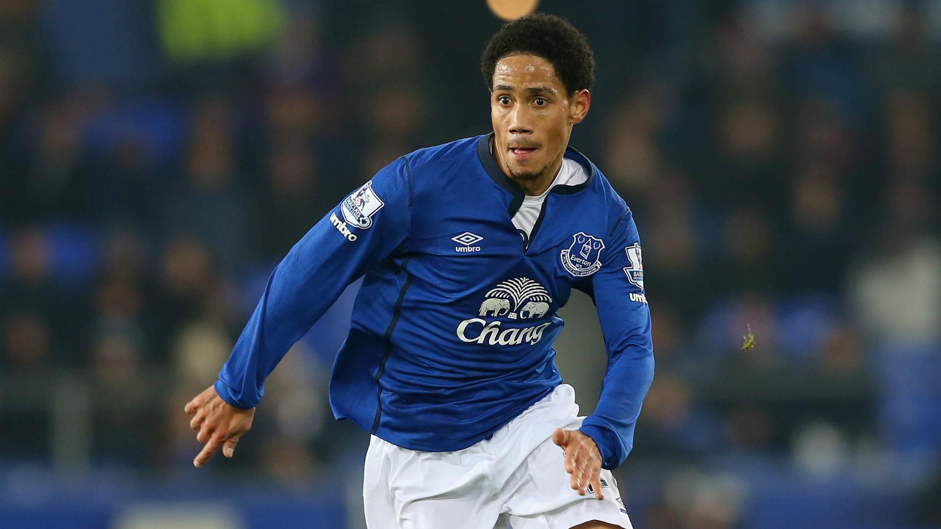 Pienaar names Yobo among players who made him settle at Everton