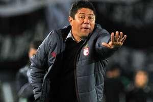 Santa Fe coach Wilson Gutierrez