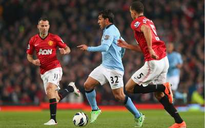 EPL: Carlos Tevez - Ryan Giggs, Manchester United v Manchester City