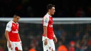 Mesut Ozil Alexis Sanchez Arsenal Tottenham 08112015