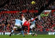 Wayne Rooney overhead kick