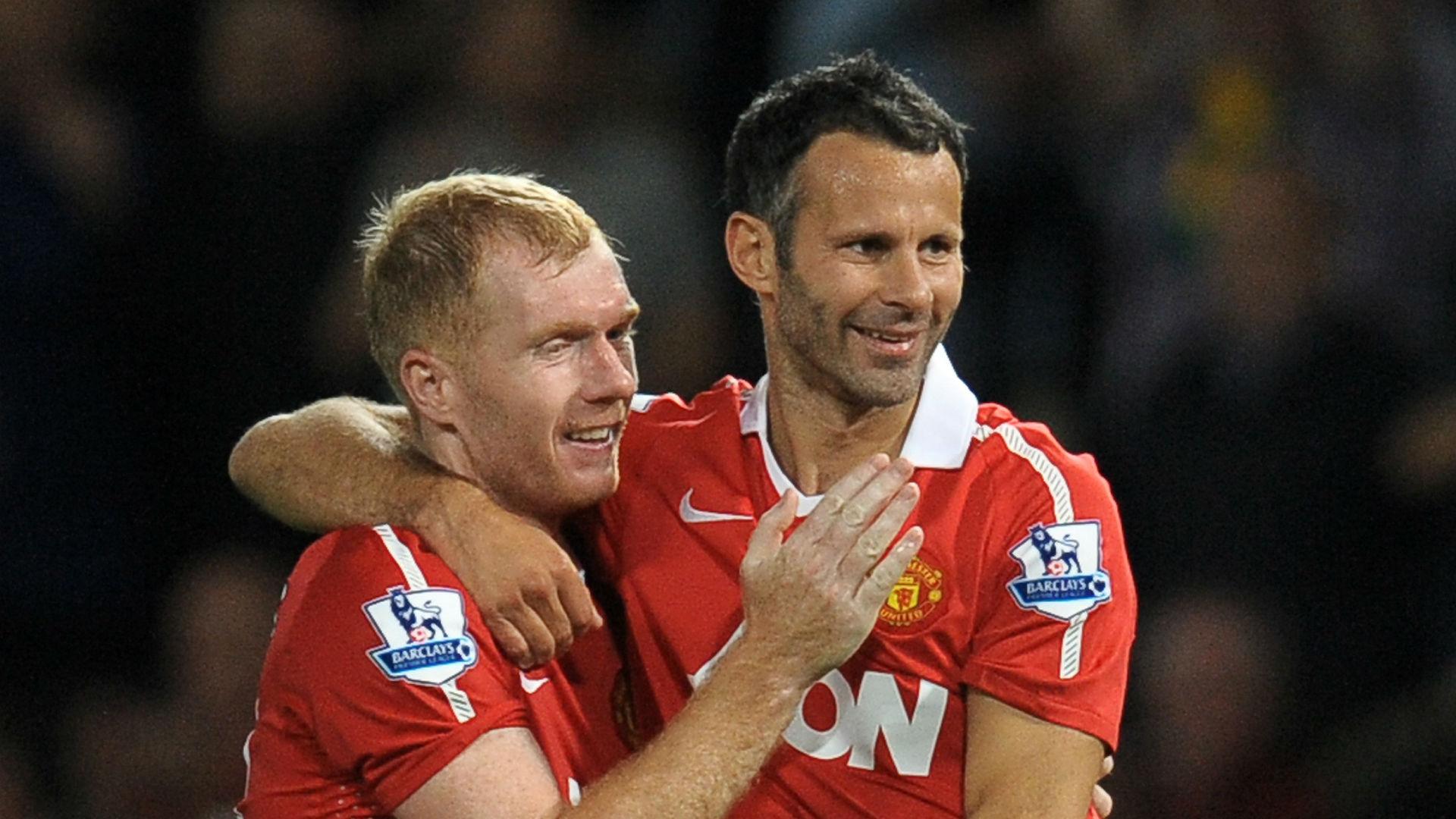 Paul Scholes; Ryan Giggs Manchester United