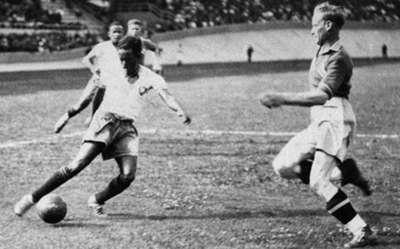 ile picture dated 19 June 1938 of Brazilian forward Leonidas da Silva front of a Swedish defender during the World Cup