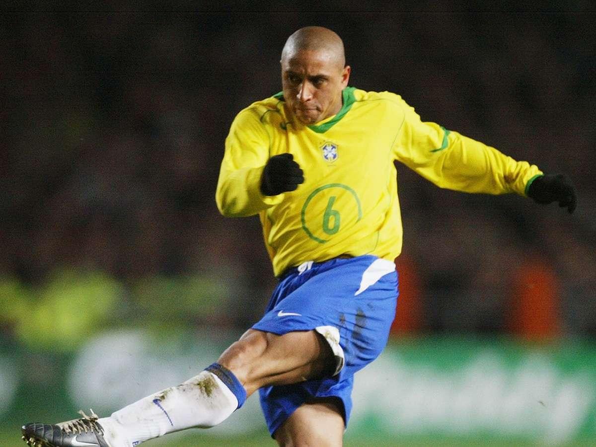 Roberto Carlos, Xavi & Bintang Dengan Nomor Punggung 6 | Goal.com