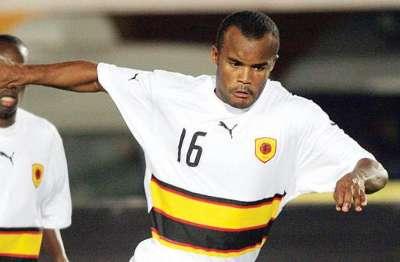 Angolan Flavio Amado shirt Saudi shbab club