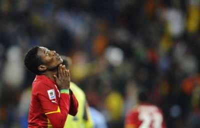 Asamoah Gyan dejected Ghana Uruguay 2010 World Cup