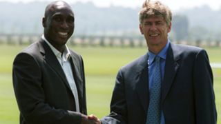 Arsene Wenger & Sol Campbell | Arsenal | 2001