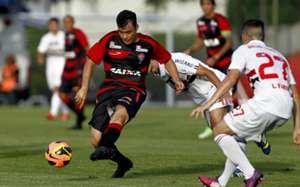 Maxi Biancucchi - Vitória x São Paulo, Brasileirão 2013