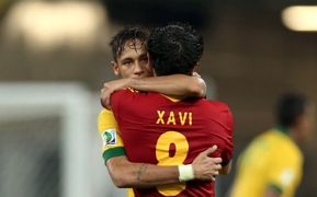 Barcelona pair Neymar & Xavi