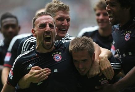 VIDEO: Als Bayern-Legende Franck Ribery Borussia Mönchengladbach per Traumtor abschoss