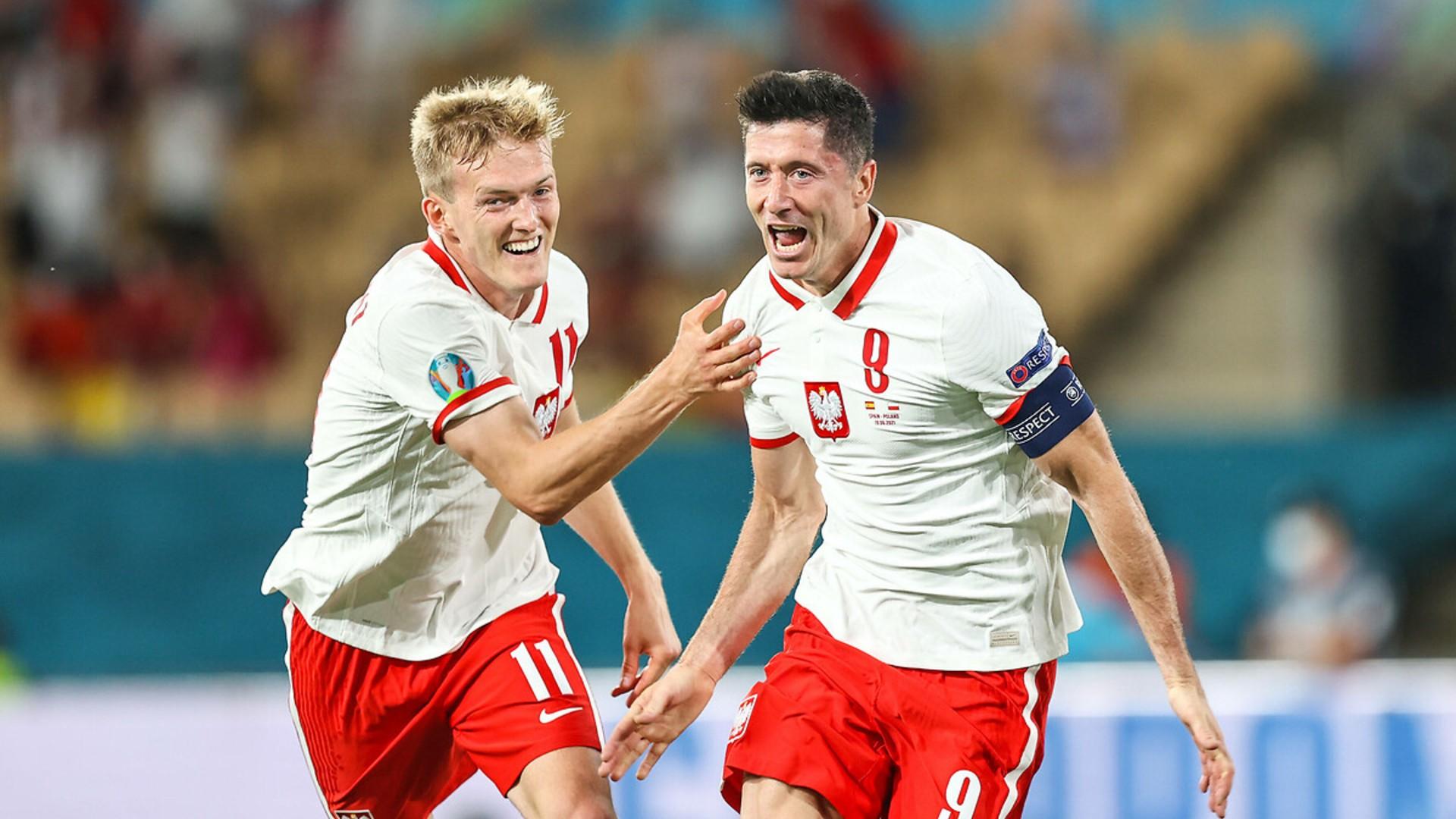 Lewandowski Polonya Gol Sevinci EURO 2020