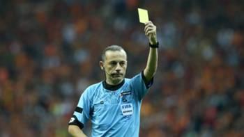 Cuneyt Cakir Galatasaray v Fenerbahce 09282019