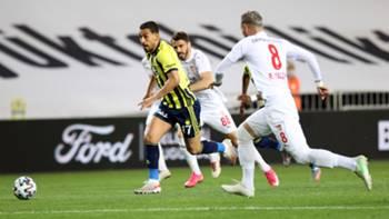 Irfan Can Kahveci Fenerbahce Sivasspor