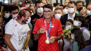 Mete Gazoz olimpiyat altın madalya İstanbul