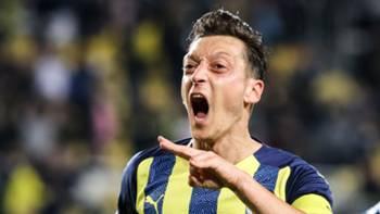Mesut Özil Fenerbahçe 23 Eylül 2021