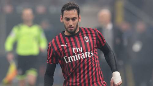 Hakan Calhanoglu Milan 2019-20
