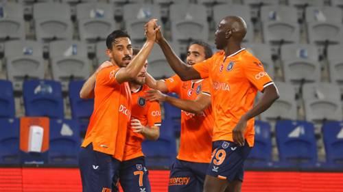 Başakşehir gol sevinci Irfan Can Demba Ba