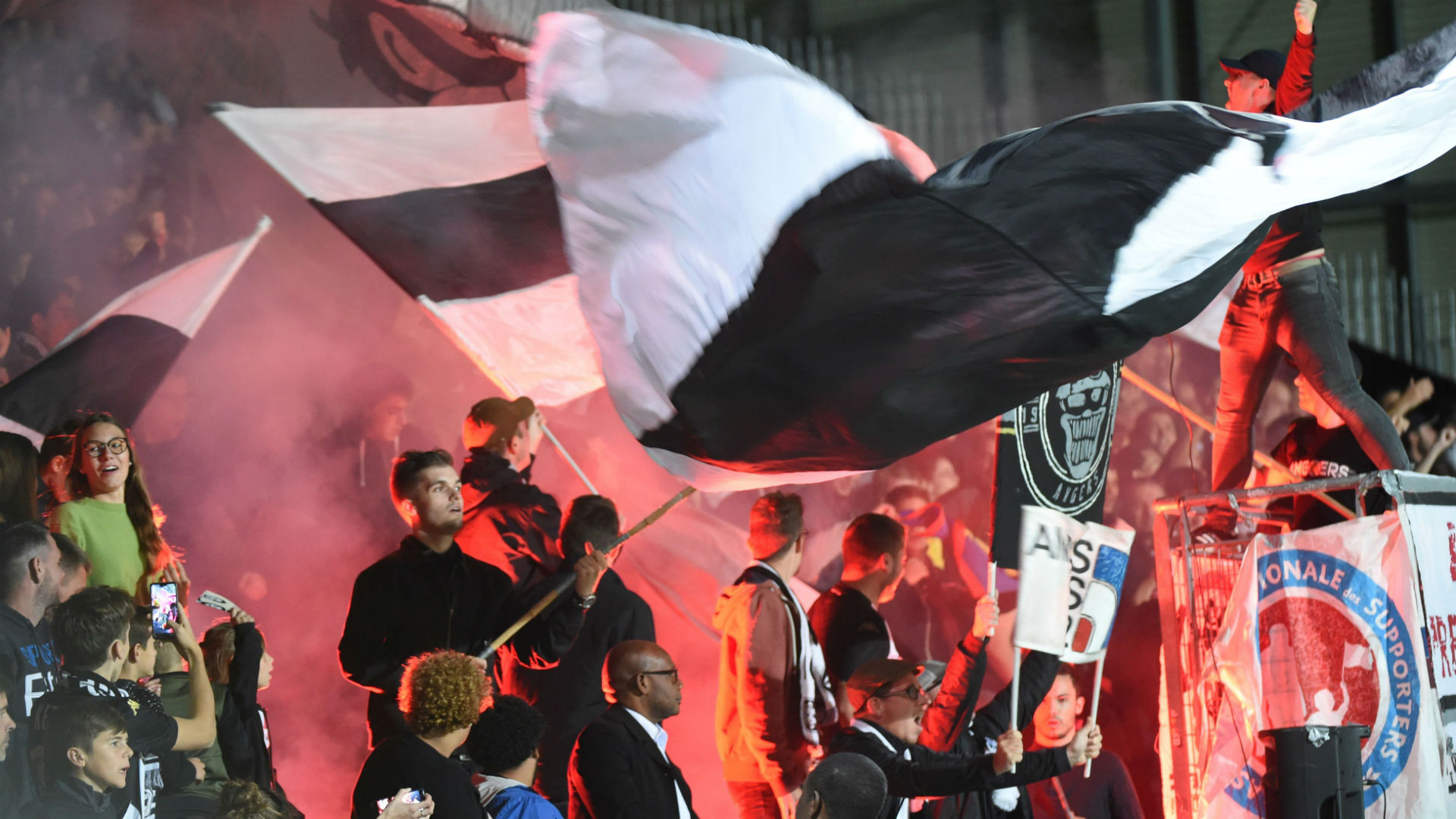 Amiens call for fans' help in petition against relegation from Ligue 1