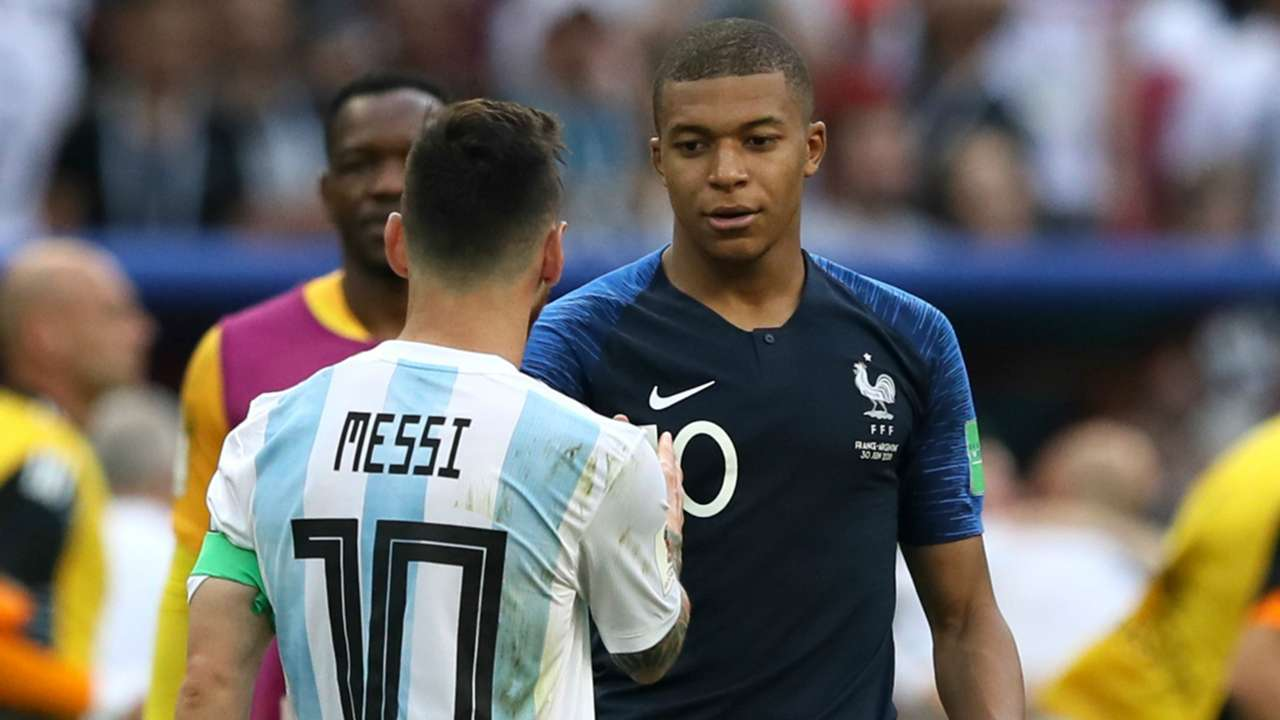 Kylian Mbappe and Lionel Messi - cropped