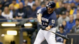Mike-Moustakas-10312018-usnews-getty-ftr