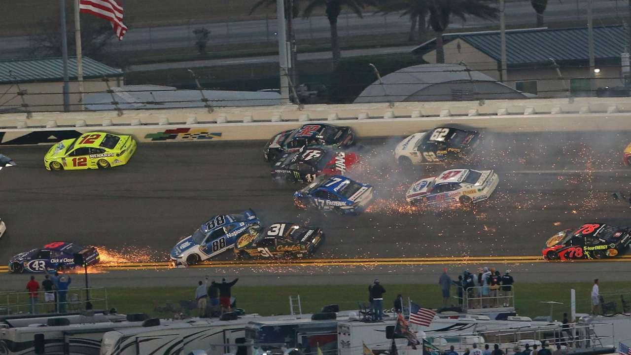 Daytona 500 wreck