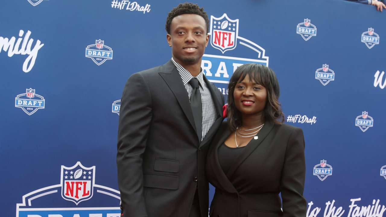 eli-apple-5416-usnews-getty-FTR