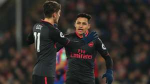 ozil-sanchez-cropped
