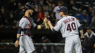 Yan Gomes, left, and Craig Breslow after the Indians' 15th straight win