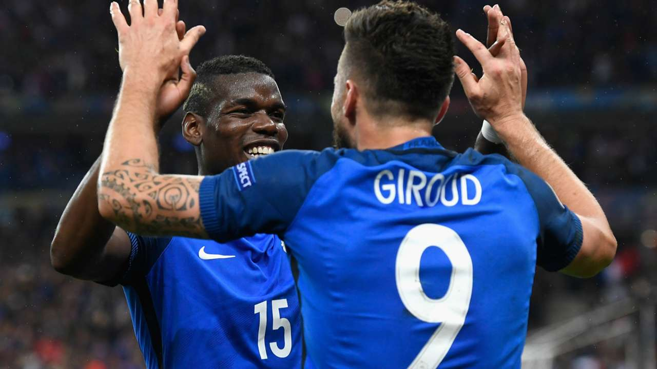 Paul Pogba and Olivier Giroud - cropped