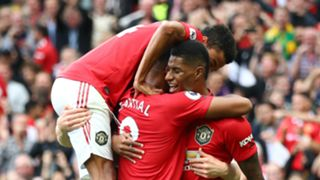 Manchester United players celebrate - cropped
