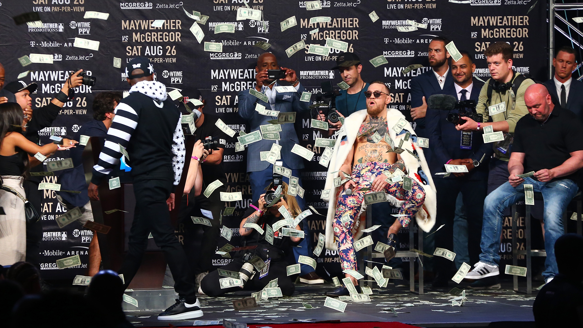 Big Bets Move Odds For Floyd Mayweather Conor Mcgregor