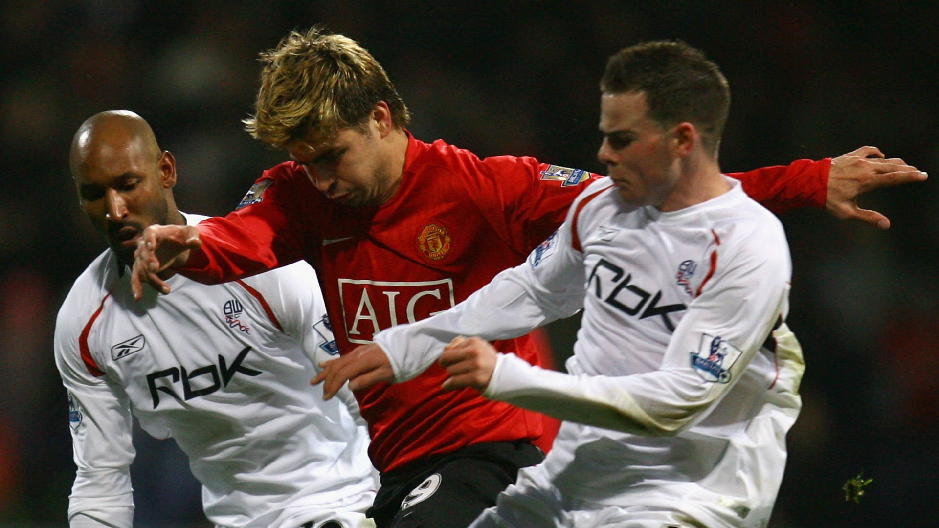 Rooney: Pique was 'bullied' out of Premier League at Bolton