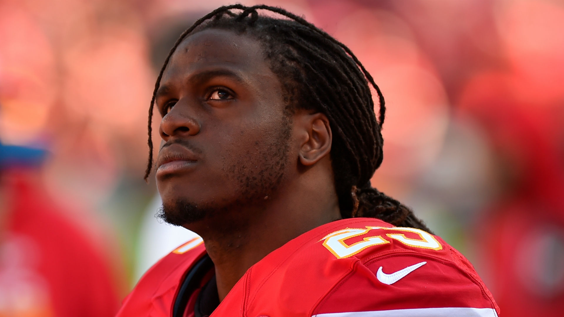 Jamaal Charles signs one-day contract with Chiefs before retiring