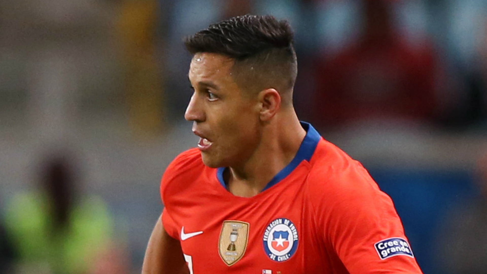 Alexis Sanchez Out 2-3 Months With Ankle Injury