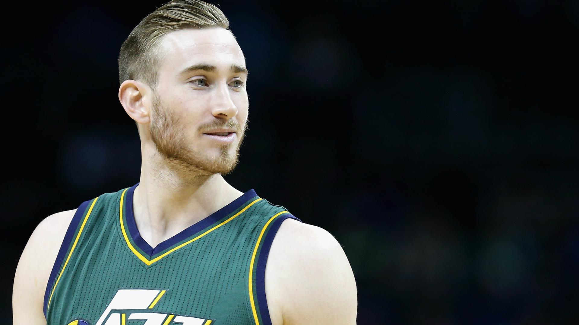 Gordon Hayward already getting haircuts in Boston