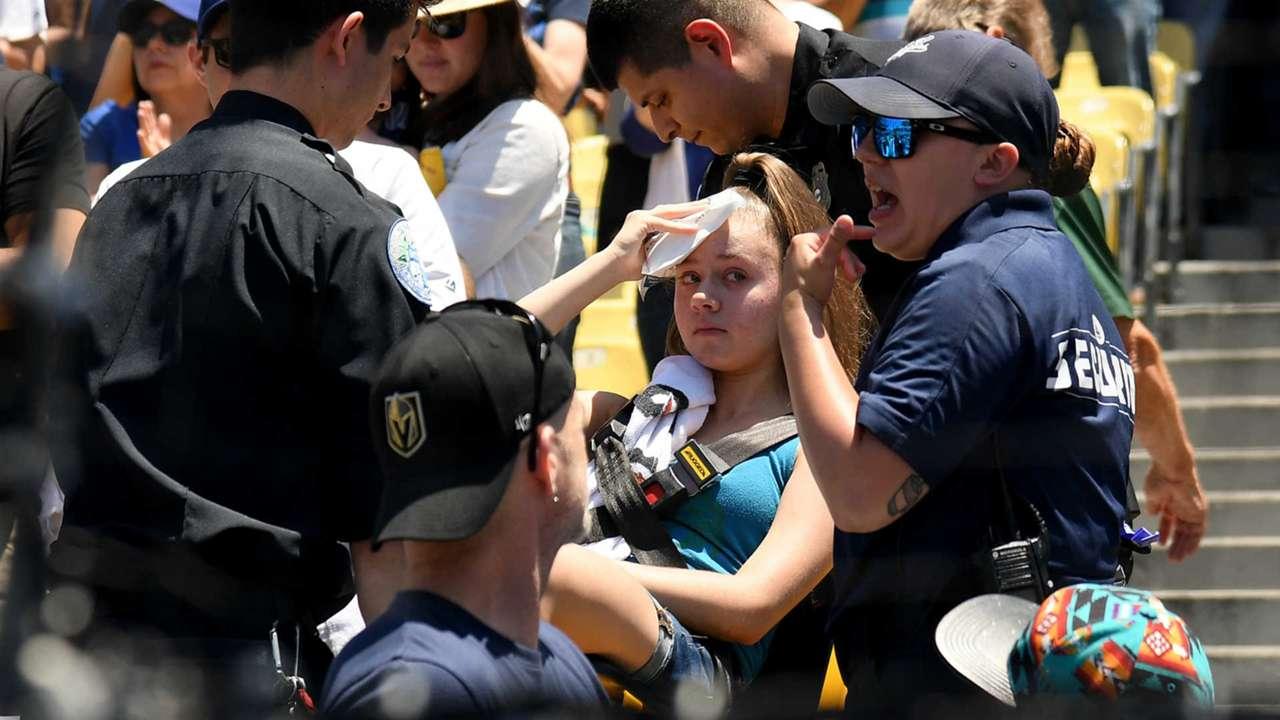 Dodgers fan injured by foul ball