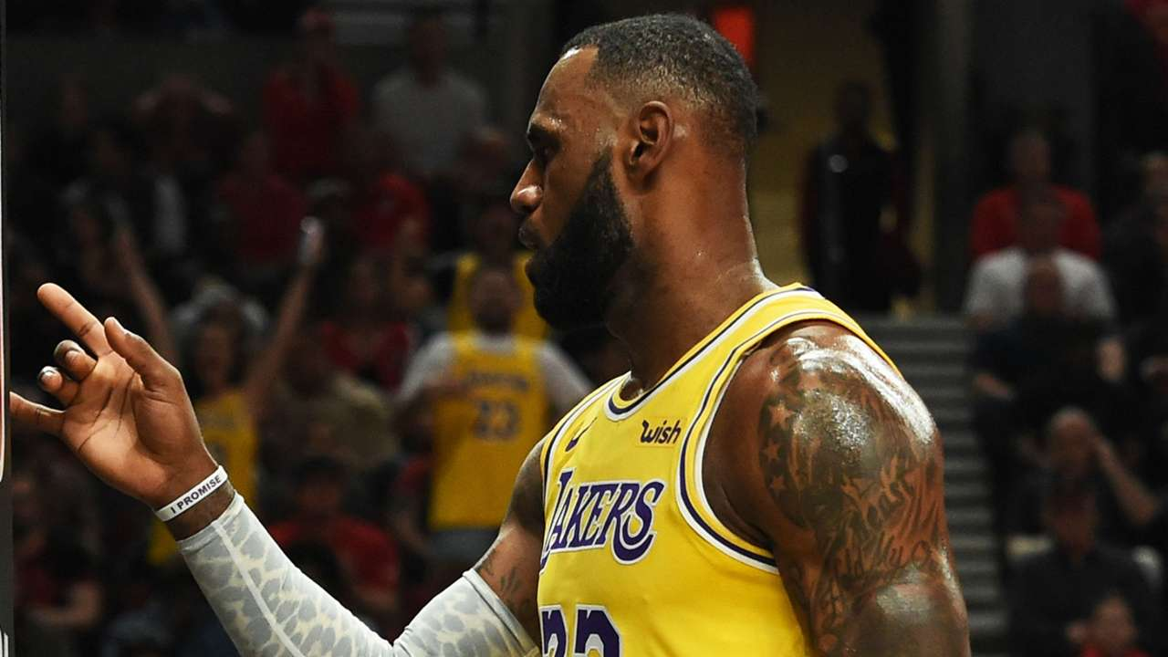 james-lebron-10202018-getty-ftr