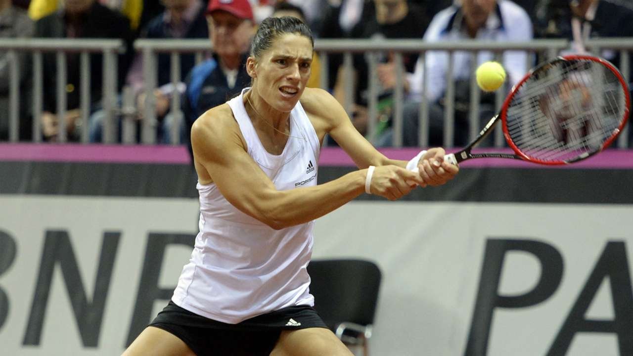 AndreaPetkovic - Cropped