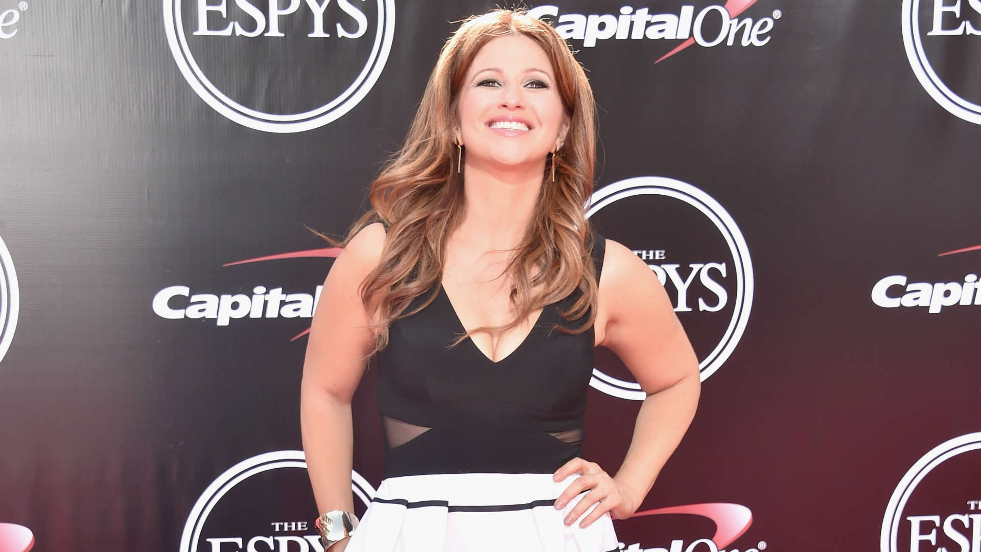 Espn S Rachel Nichols Takes Issue With Charles Barkley Sporting News