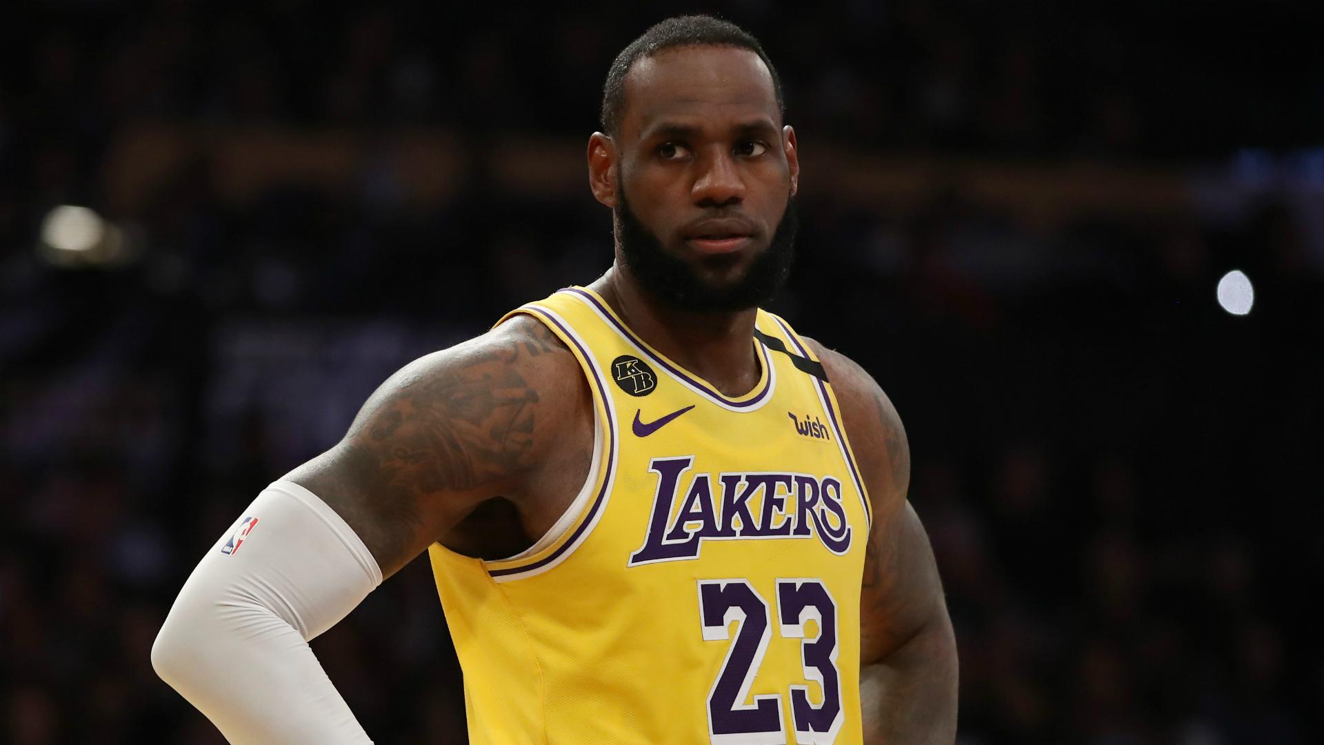 LeBron James dice que no hay emoción o alegría en los deportes sin fanáticos 51