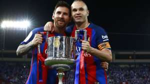 messi-iniesta-cropped