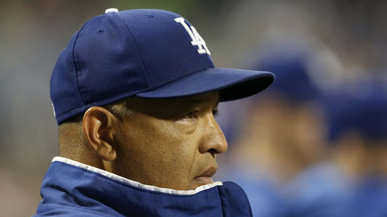 dave-roberts-101019-gettyimages-ftr
