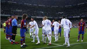 Barcelona-Real Madrid guard of honour