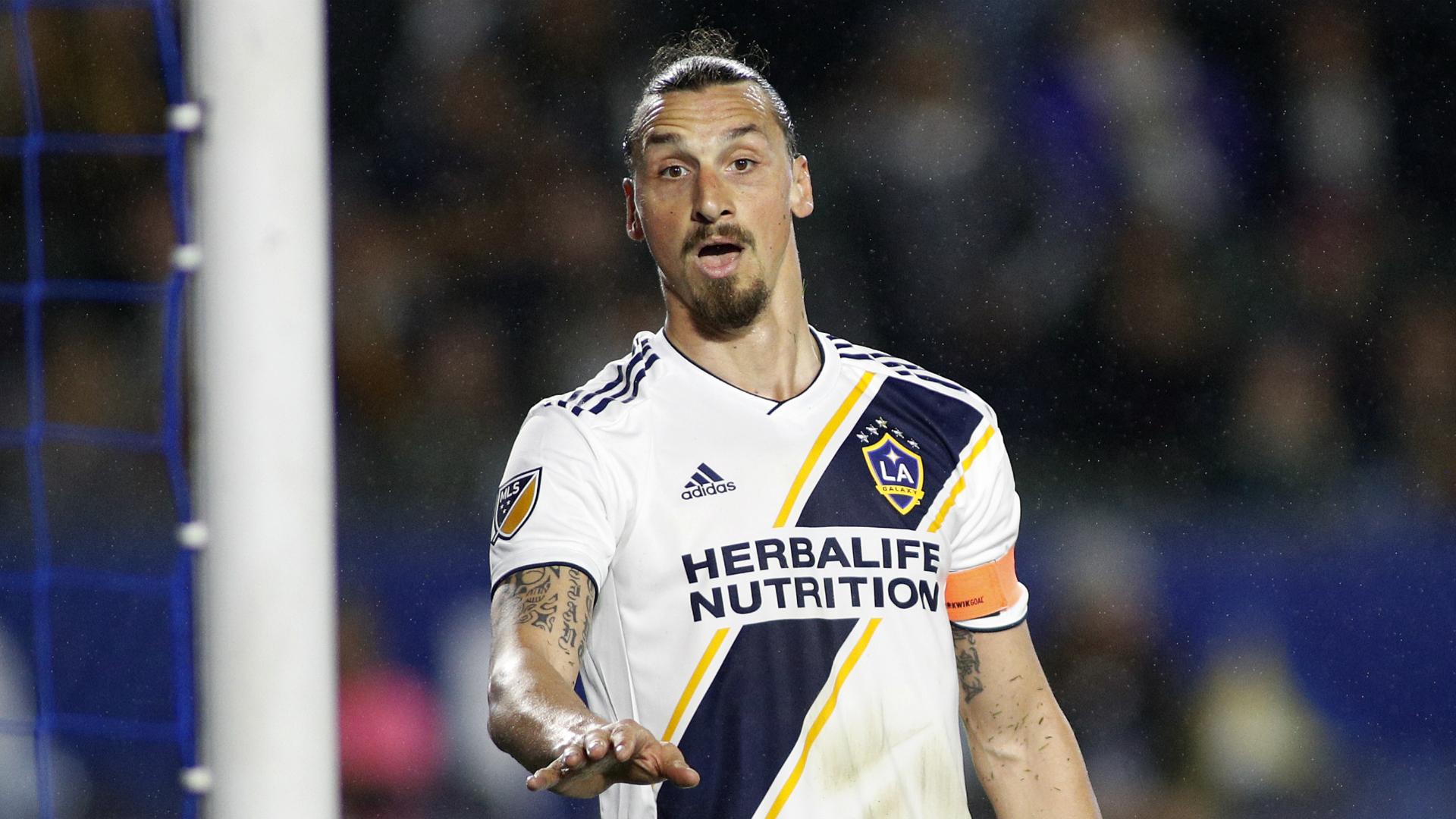 ¡Cocinan fichaje bomba en Boca Juniors! Zlatan podría jugar para los xeniezes