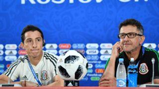 Andres Guardado Juan Carlos Osorio - cropped