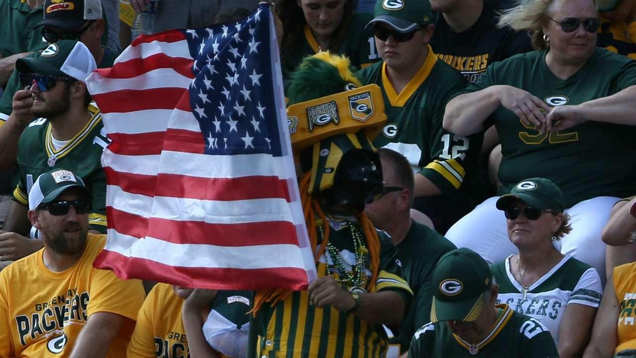 Packers-Flag-092817-USNews-Getty-FTR