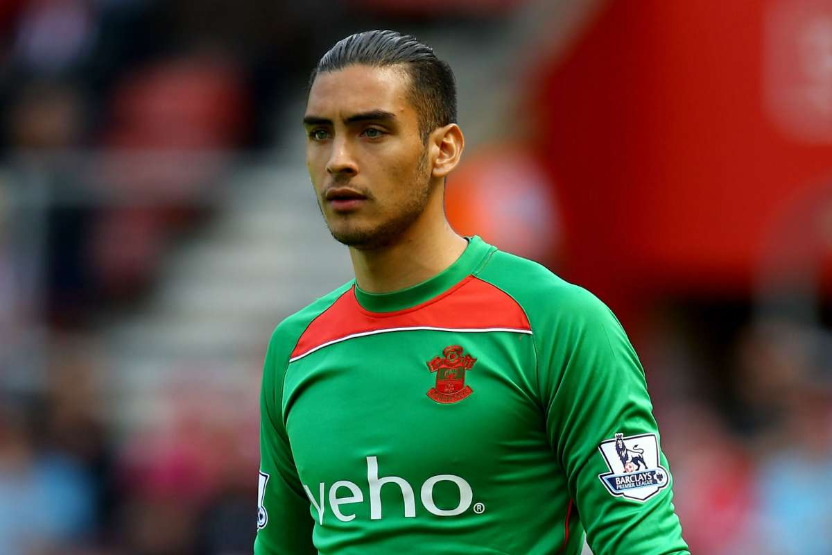 Transfer news: Paulo Gazzaniga joins Tottenham on five-year deal | Goal.com
