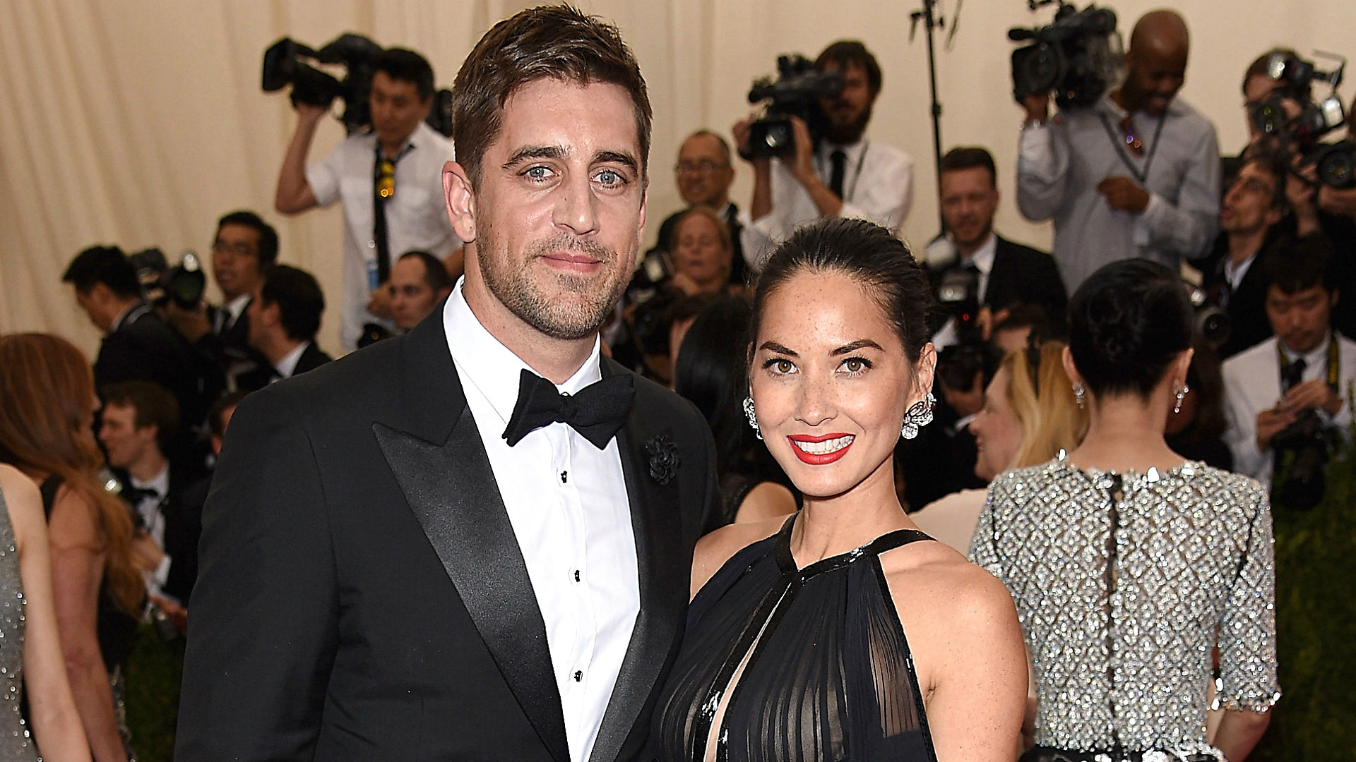 Olivia Munn Devastated By Split With Aaron Rodgers Sporting News